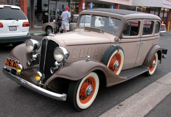 Pin 1933 buick 4 door sedan on pinterest for 1933 pontiac 4 door sedan